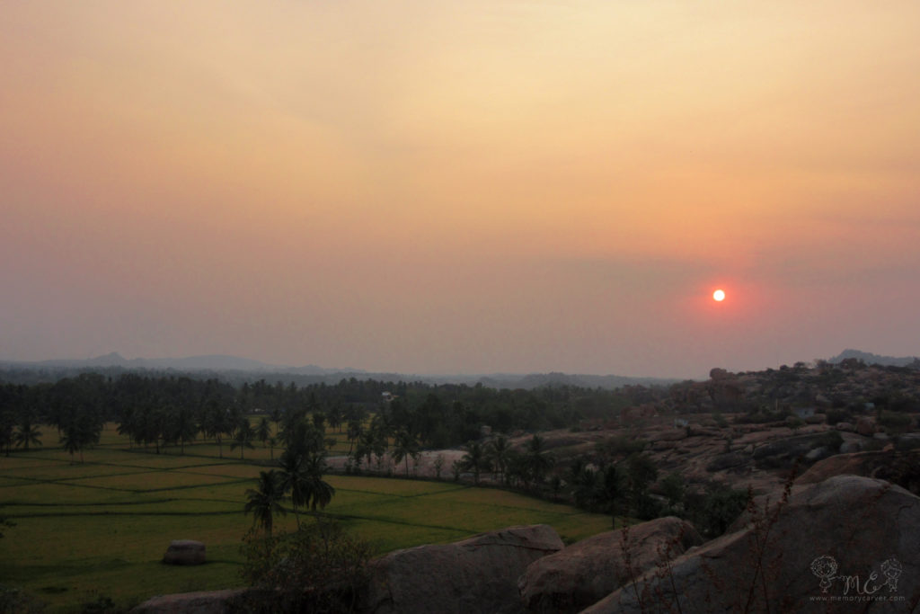 Bouldering and sunset at sunset point hampi