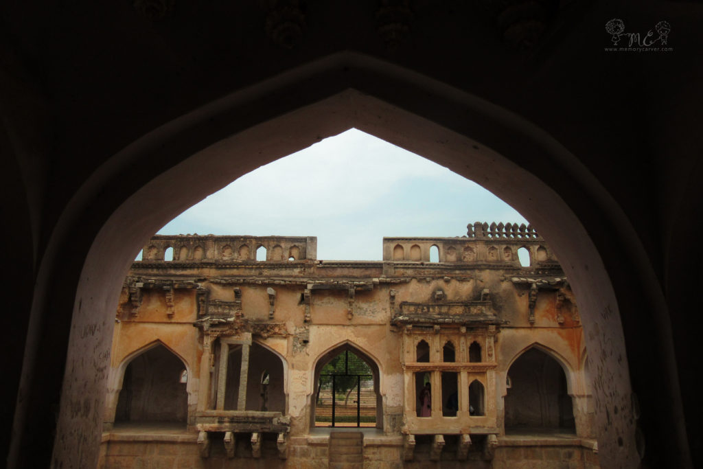 One should'nt miss out the Queen's bath during their Hampi road trip