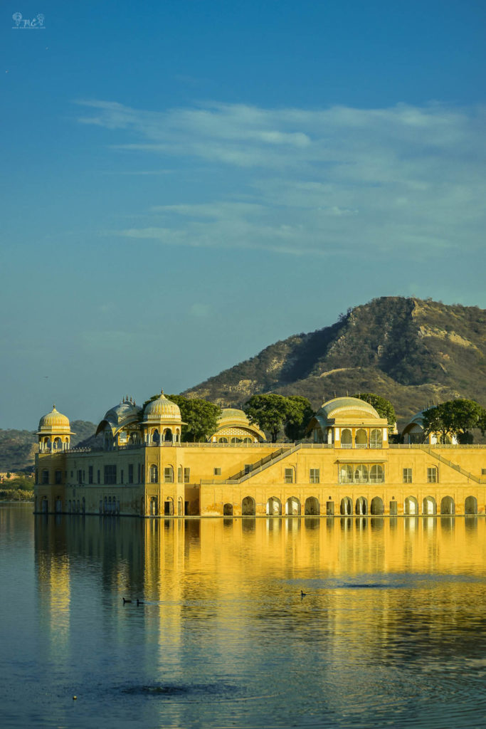 jal-mahal-instagrammable-places-in-jaipur