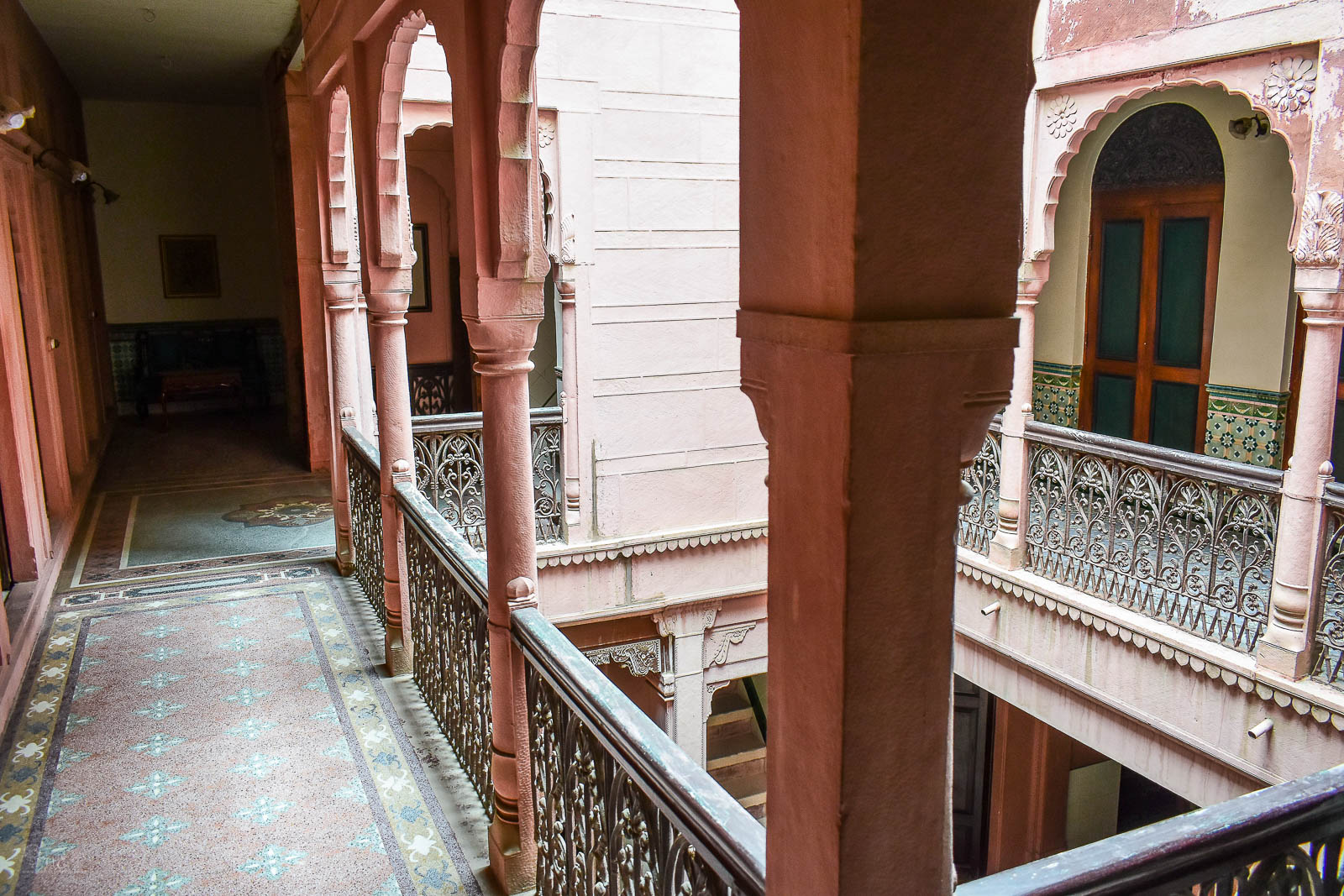 older-parts-of-bhanwar-niwas-haveli